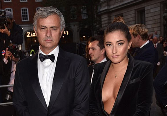 Twitter Reacts To Jose Mourinho S Daughter Upstaging Him