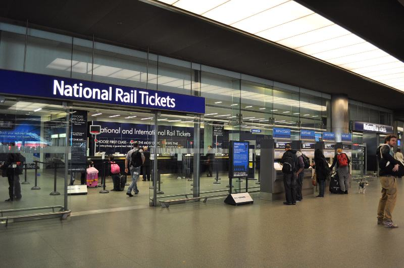 UNILAD train toilets 17 Heres How Much UK Train Stations Make From Charging You To Pee