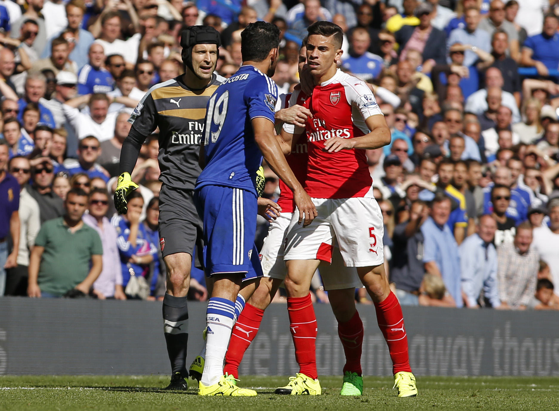 Arsenal Fans Lose The Plot And Boycott Costa Coffee After Gabriel Sending Off costa cheat