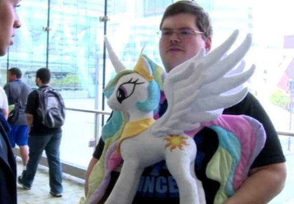 mlp web My Little Pony Obsessed Military Man Claims Its Harder Than Being Gay