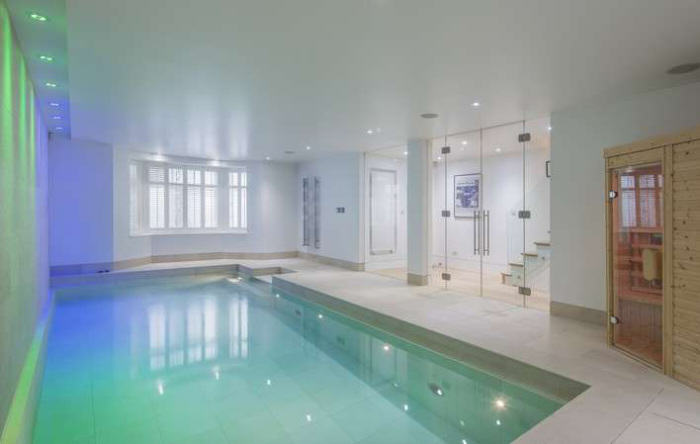 rickygervais lon112 Ricky Gervais Is Selling His London Gaff And Its NICE
