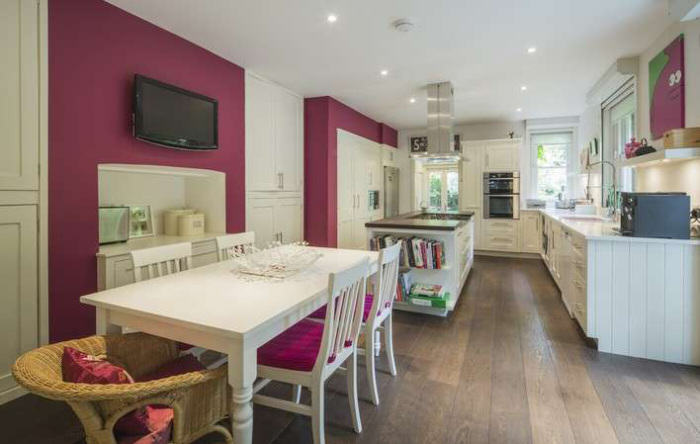 rickygervais lon62 Ricky Gervais Is Selling His London Gaff And Its NICE