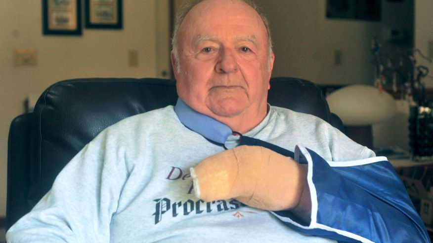 UNILAD 1017 ill army vet42608 Army Veteran, 75, Saves 16 Kids From Knife Wielding Attacker