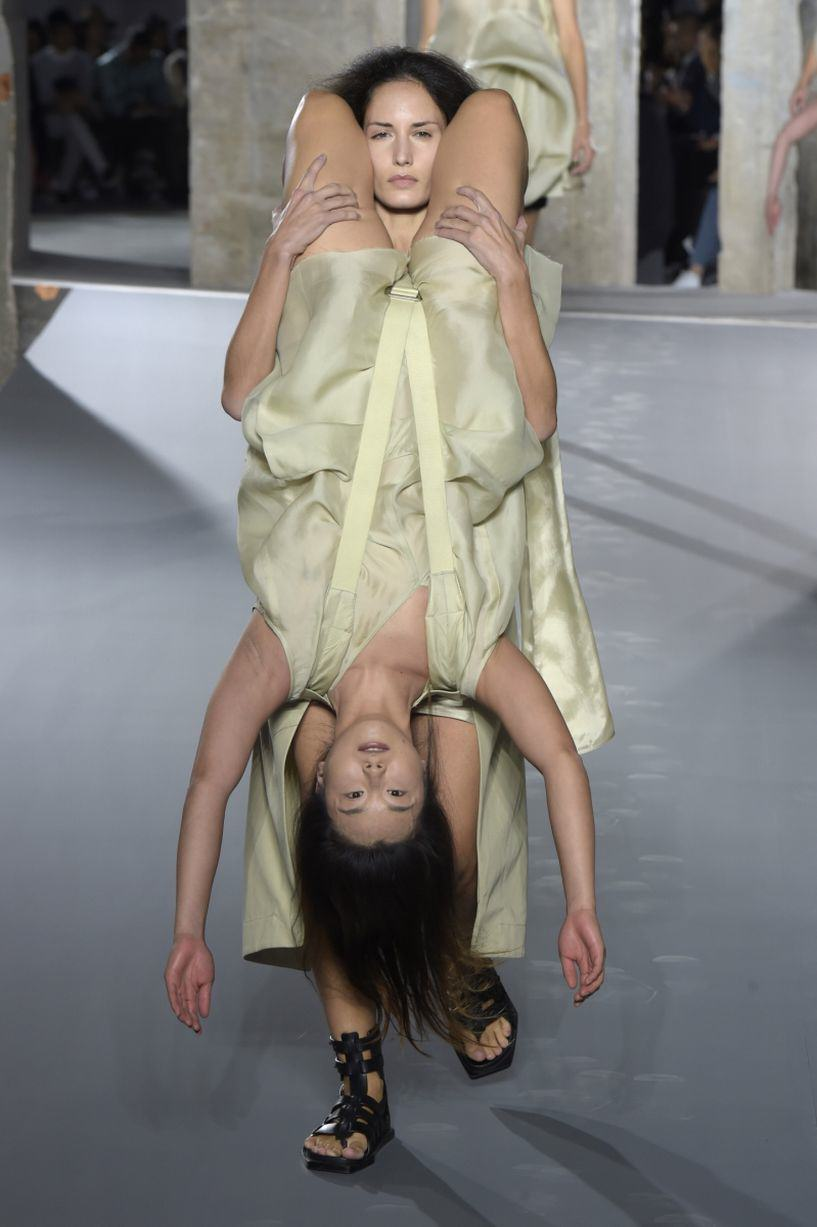 UNILAD Rick Owens show 26 Rick Owens Sent Models Down The Catwalk Wearing Other Models, Obviously