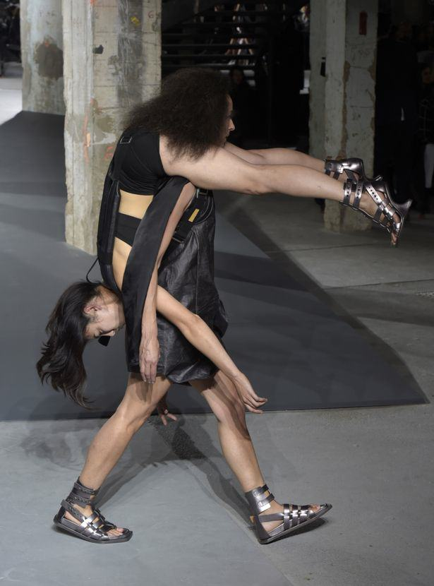 UNILAD Rick Owens show Giovanni Giannoni WWD REX Shutterstock5 Rick Owens Sent Models Down The Catwalk Wearing Other Models, Obviously