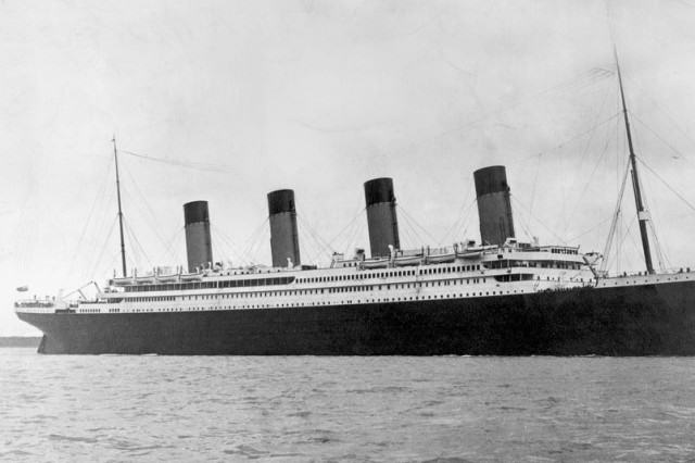 UNILAD titanic27972 640x426 103 Year Old Hero Biscuit That Survived Titanic Sells For £15,000