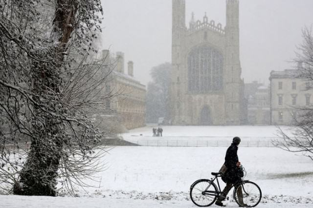 Britain Set For A White Christmas? 36 Days Of Snow Forecast