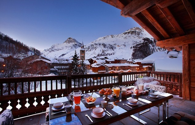 12 The Most Outrageous Requests Rich Tourists Make On Luxury Ski Holidays