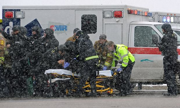 30001 Three Dead After Lone Gunman Storms Abortion Clinic In The U.S.