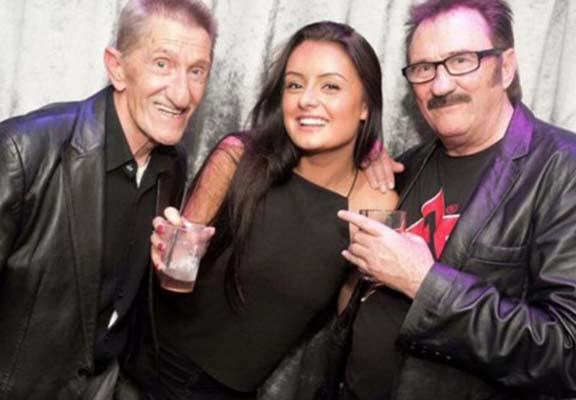 This Chuckle Brothers Photo Is Going Viral For All The Wrong Reasons