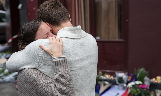 UNILAD paris charities 582204 Heres How You Can Help And Support The Paris Attack Victims