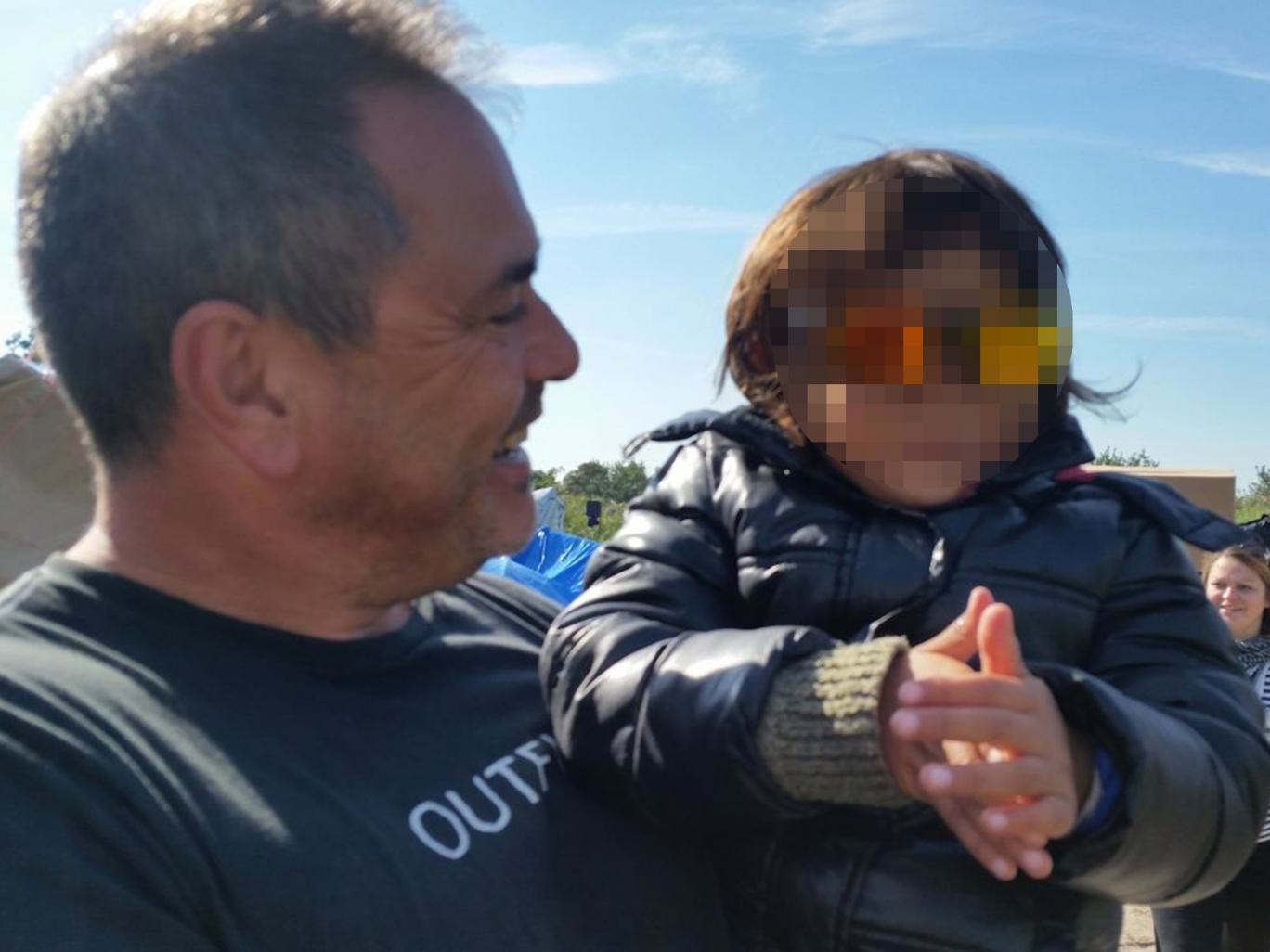 UNILAD refugee save 170193 Ex Soldier Is Facing Prison For Trying To Rescue Refugee Girl, 4