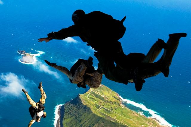 How To Be As Mentally Strong As Navy SEALs And Olympic Athletes seals3 640x426