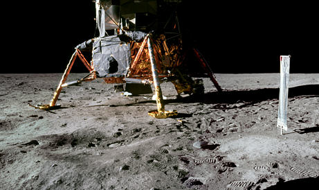 090716 04 no crater under big Eight Reasons People Are Convinced The Moon Landings Were A Hoax