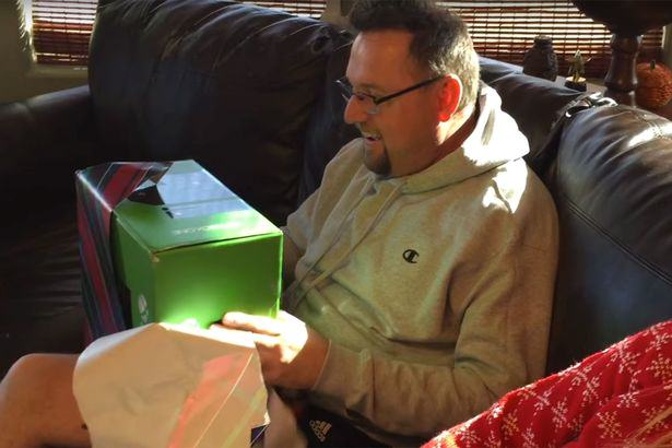X box surprise 4 Son Plays Revenge Xbox Prank On Dad And Its Absolutely Brilliant
