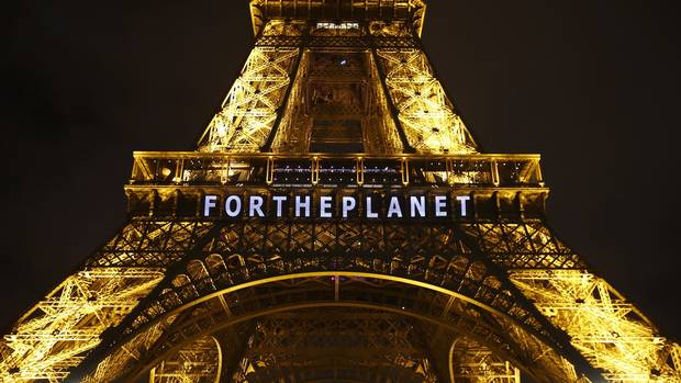 World Awaits Historic Climate Deal To Keep Rises Well Below 2C ap