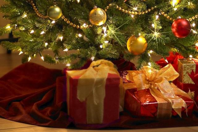 christmas gifts under tree thnzpdjhf 640x426 How Christmas Was Stolen From The Pagans