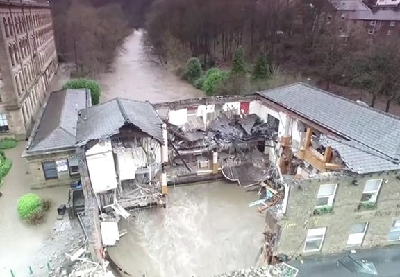 Drone Footage Shows Devastation Of Pub Washed Away In Christmas Floods drone pub WEB