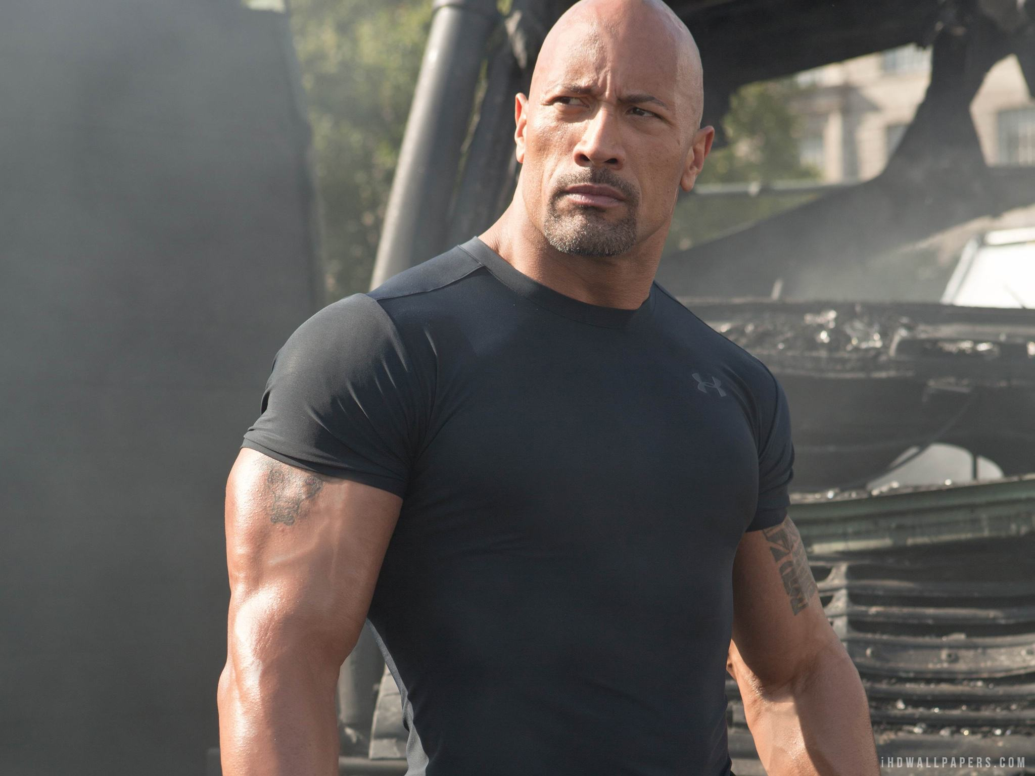 dwayne johnson in san andreas 2015 2048x1536 Seven Celebrities You Probably Didnt Know Struggled With Mental Illness