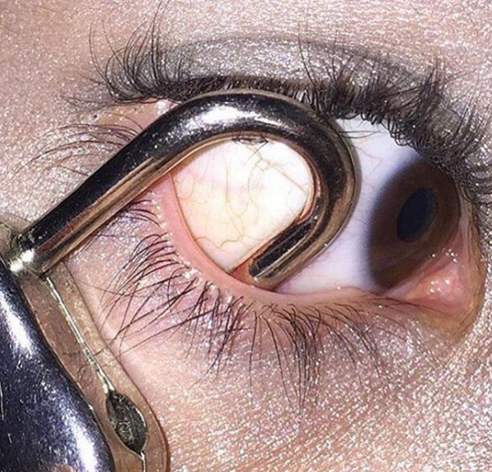 eye 3 NOPE: Terrifying Instagram Account Dedicated To Putting Stuff In Your Eye