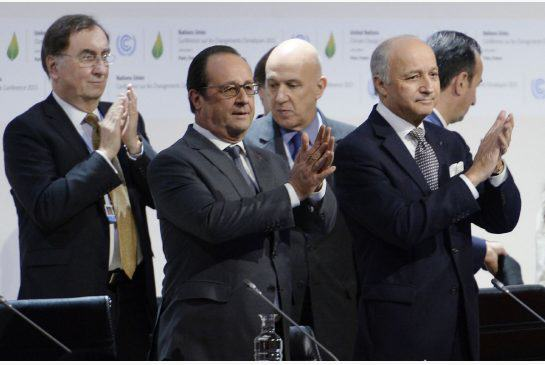 hollande.jpg.size .xxlarge.letterbox World Awaits Historic Climate Deal To Keep Rises Well Below 2C