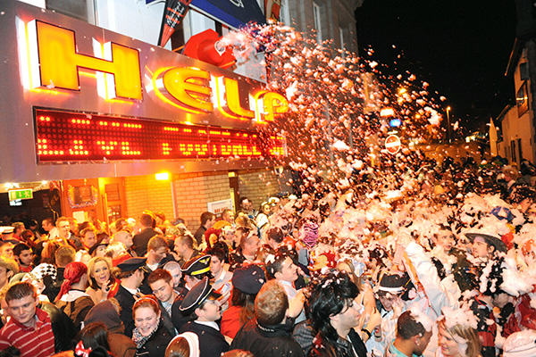 Ten Awesome Places To Celebrate New Years Eve In The UK And Ireland nye uk 2