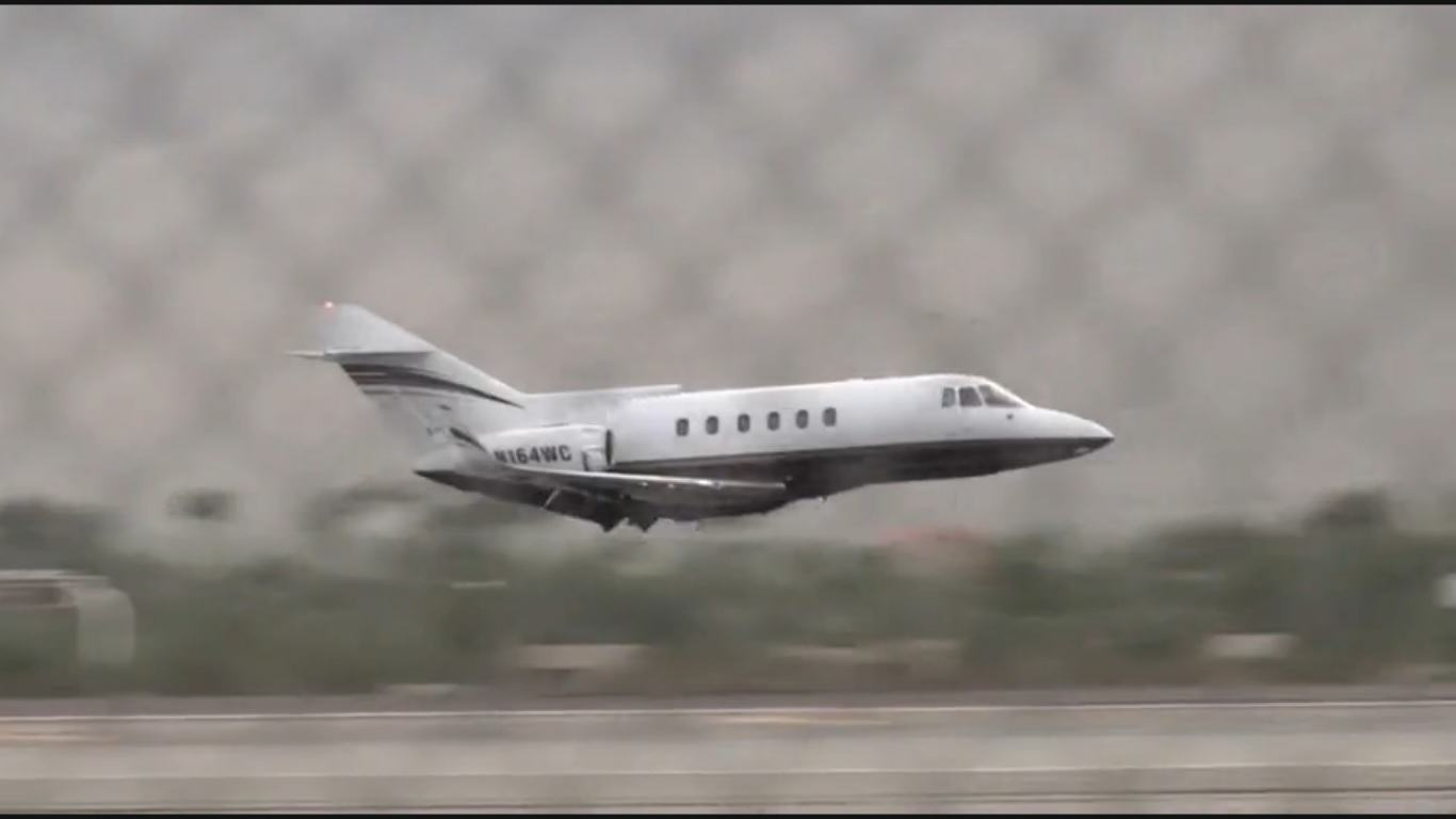 plane Private Jet Makes Heart Stopping Emergency Belly Landing In New Footage