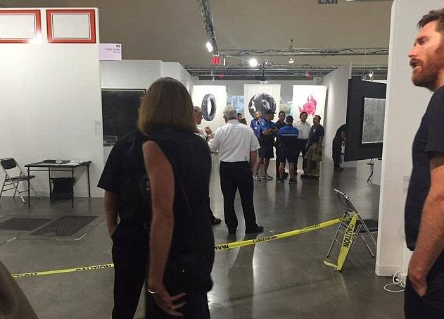 Woman Stabbed At Art Exhibit, Witnesses Think Its Performance Art stabbing 5