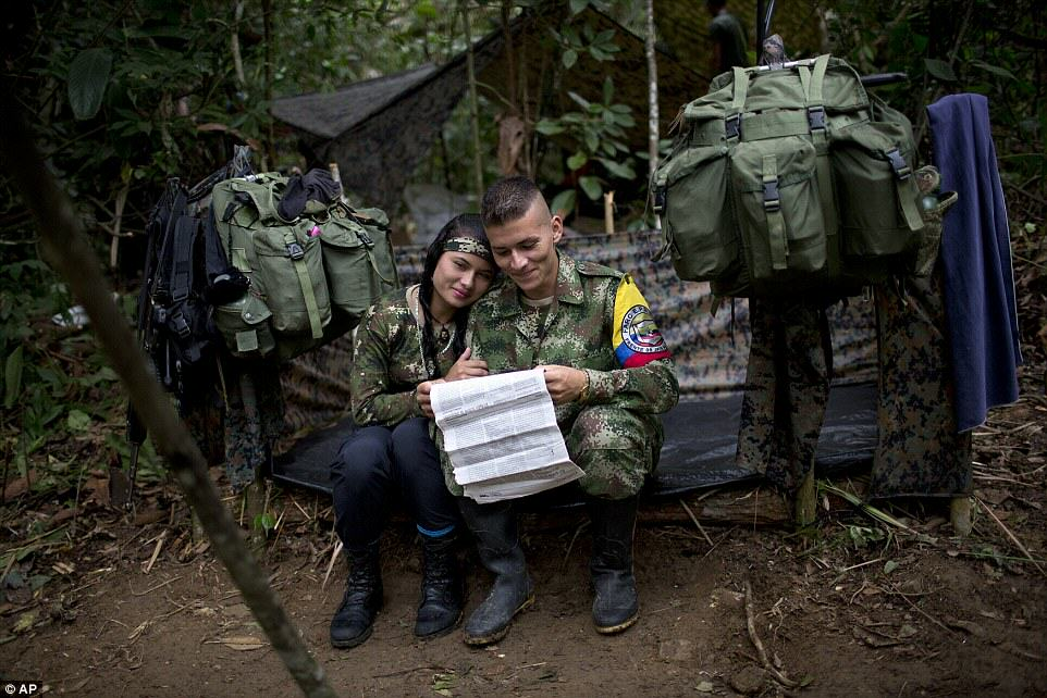 These Incredible Rare Photos Show Life Inside A FARC Jungle Camp farc1