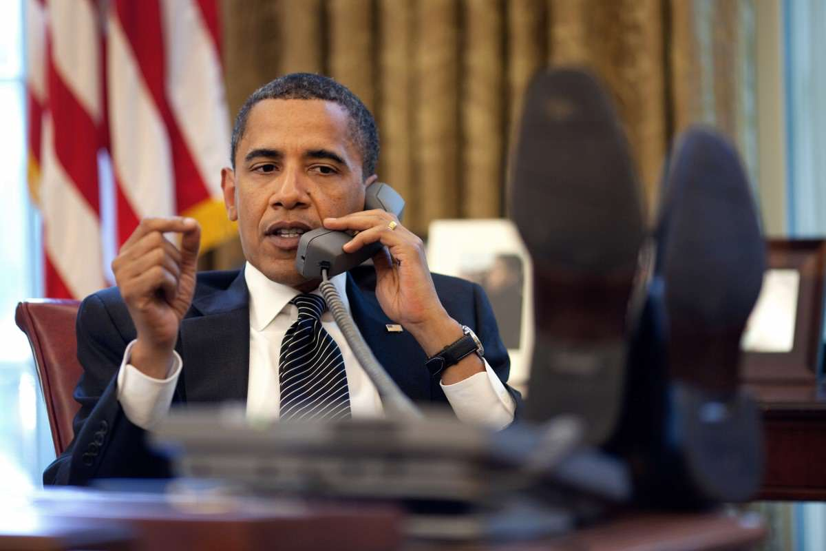 Barack Obama on phone with Benjamin Netanyahu 2009 06 08 1200x800 This Is How Much Barack Obama Earns A Year