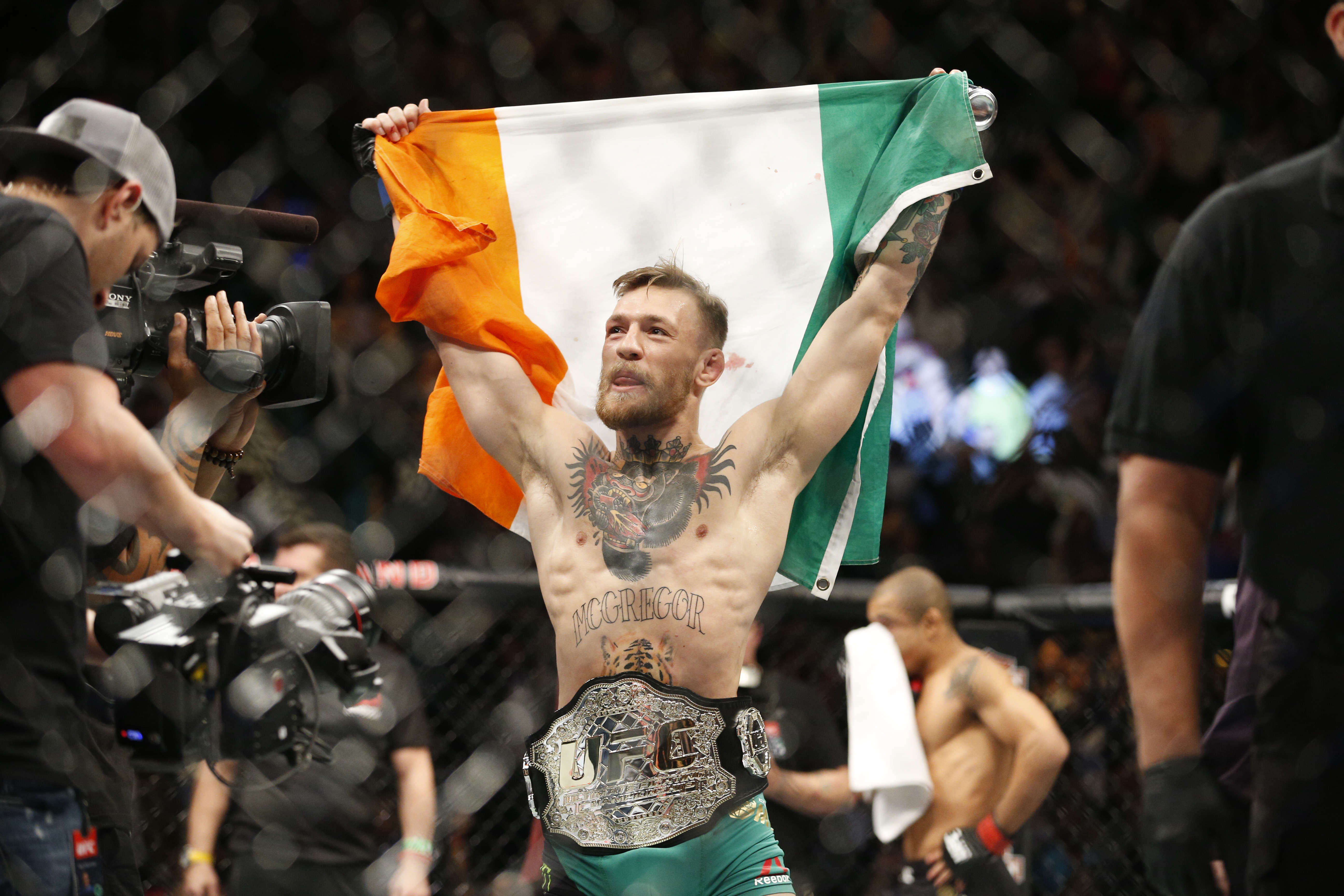 PA 25024159 This Dos Anjos Vs McGregor Preview Video Will Raise The Hairs On Your Neck