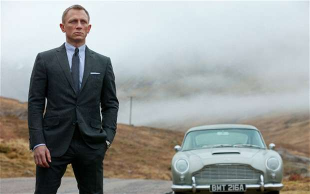bond craigaston 2255923b Daniel Craig Rumoured To Be Hanging Up Tuxedo