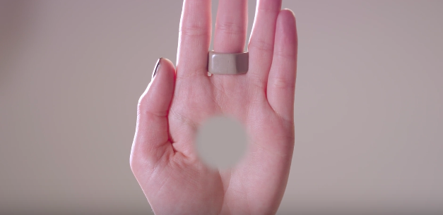 Screen Shot 2016 03 03 at 12.34.48 This Freaky Optical Illusion Video Gives You A Hole In Your Hand