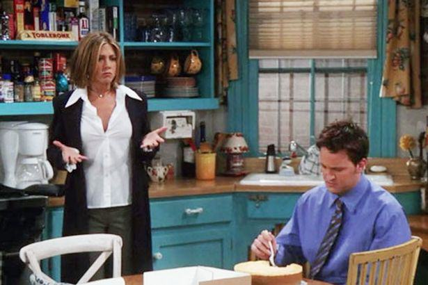 friends4 Friends Had A Blatant Continuity Error That Most People Missed