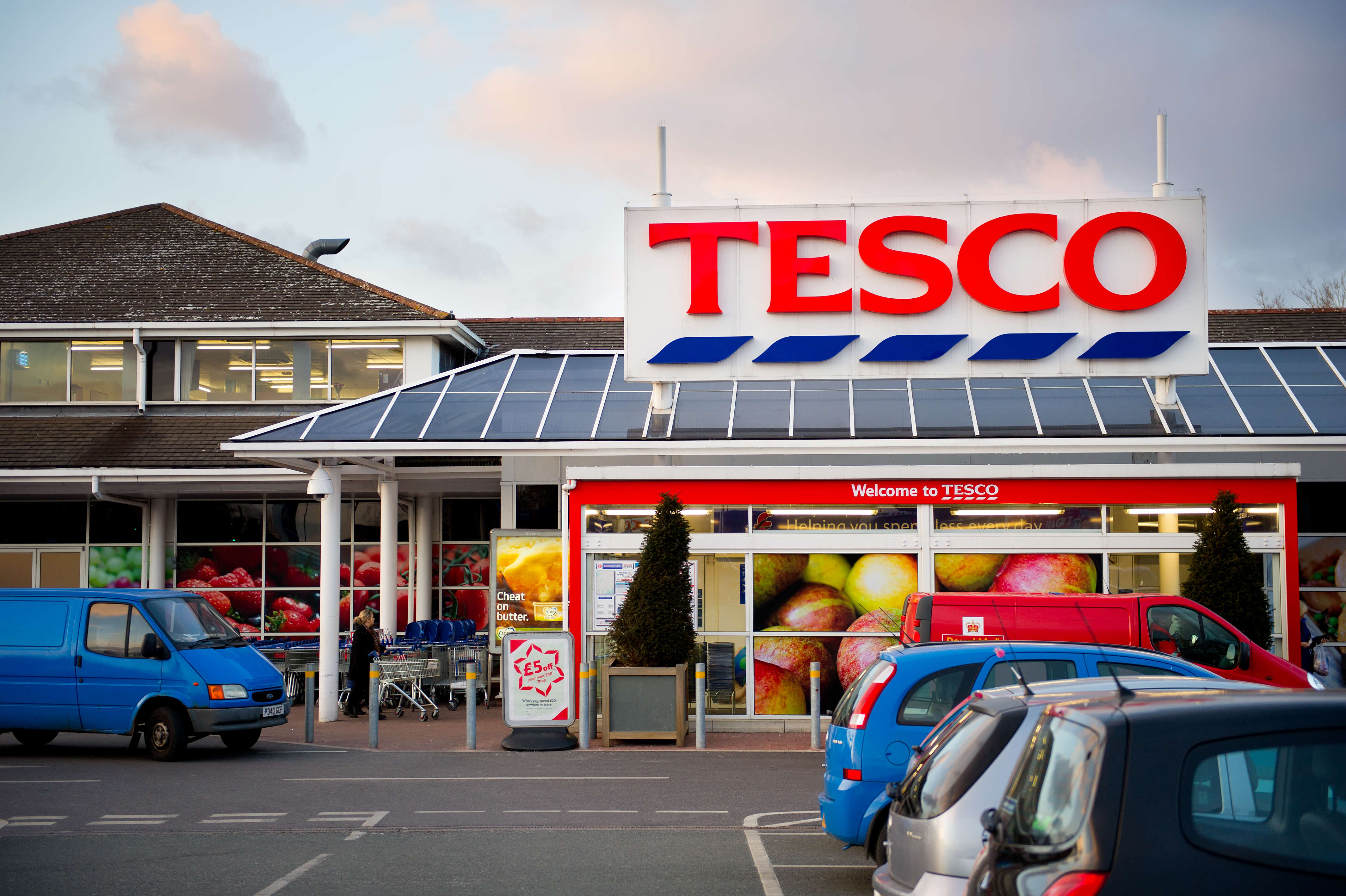 This Simple Hack Can Get You Unlimited Free Pies At Tesco pies6