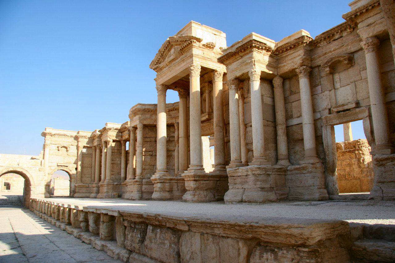 The Scene of the Theater in Palmyra Shocking Photos Show How An Ancient City Was Destroyed By ISIS
