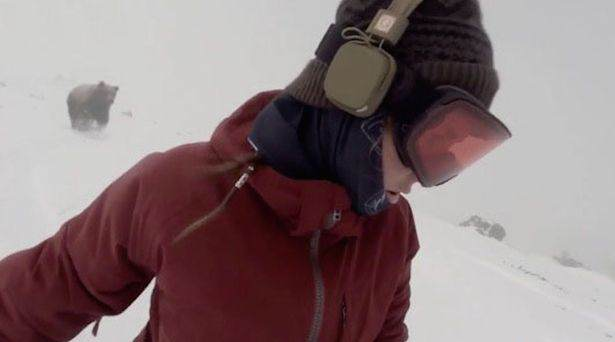 bear2 Theres Been A Plot Twist In The Snowboarder Chased By Bear Story