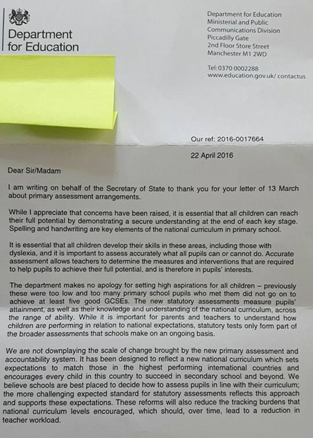 33B531F100000578 3567916 The original letter Mrs Davies received six weeks after she wrot m 1 1462193859560 Teacher Receives Letter From Department Of Education Full Of Ridiculous Mistakes
