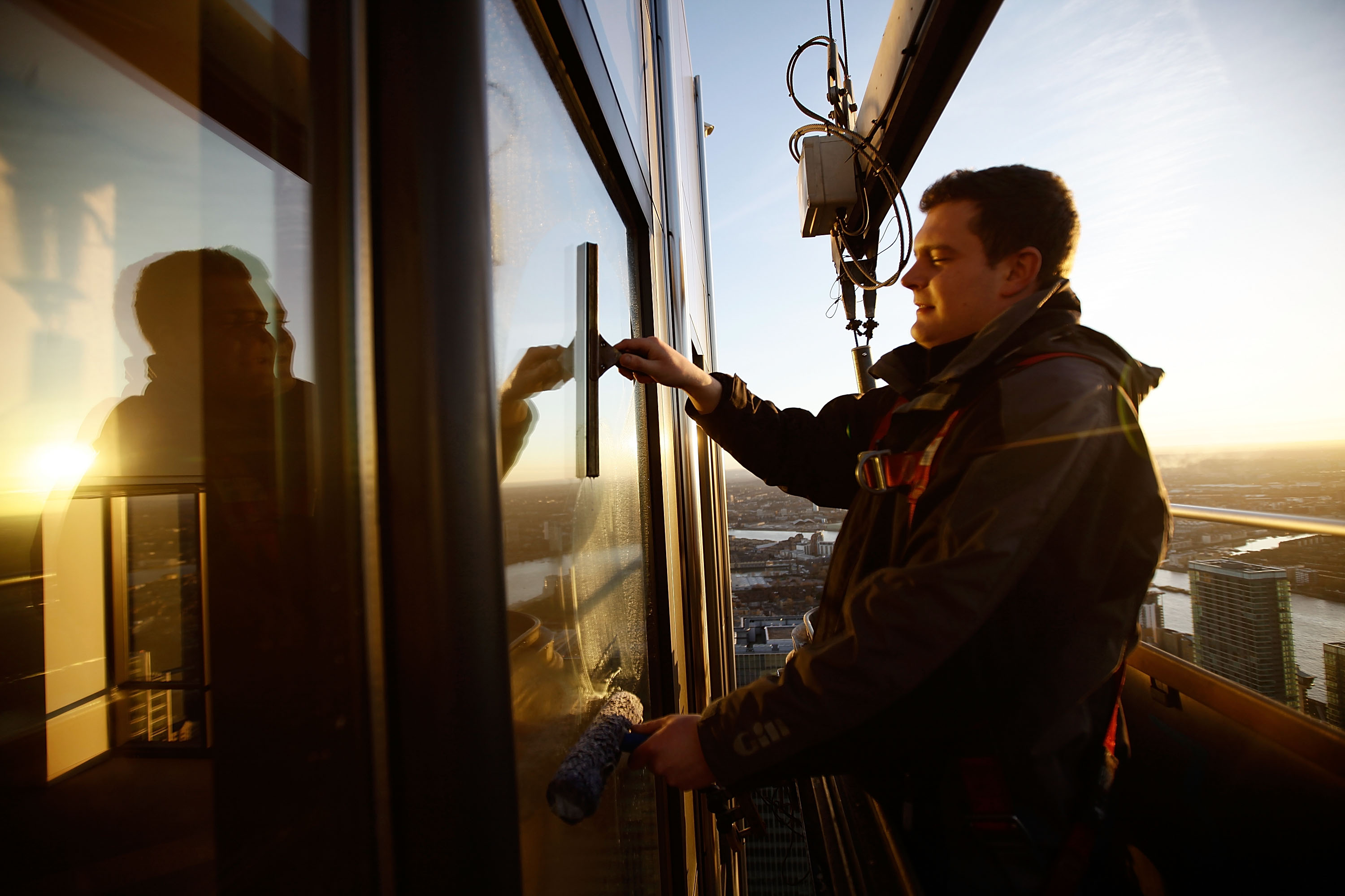 GettyImages 108960740 Window Cleaners Reveal The Weirdest Things Theyve Ever Seen