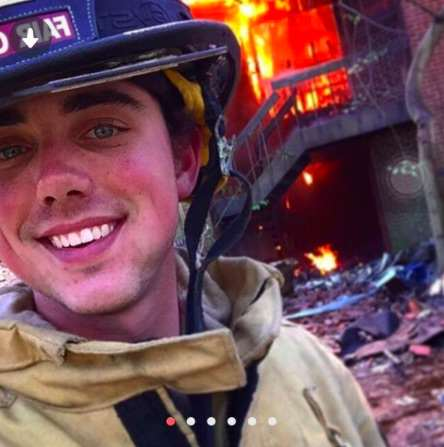 fire1 Firefighter Goes Viral With Most Millennial Tinder Profile Pic Ever