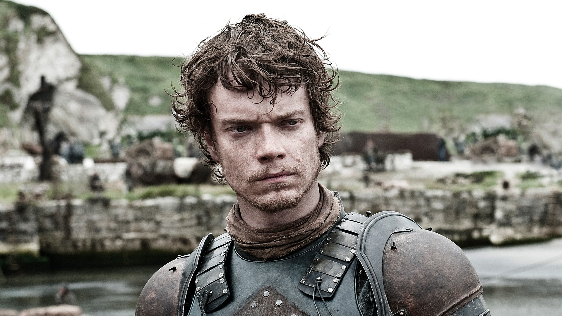theon greyjoy 1920 These Game Of Thrones Actors Had Some Interesting Early Roles