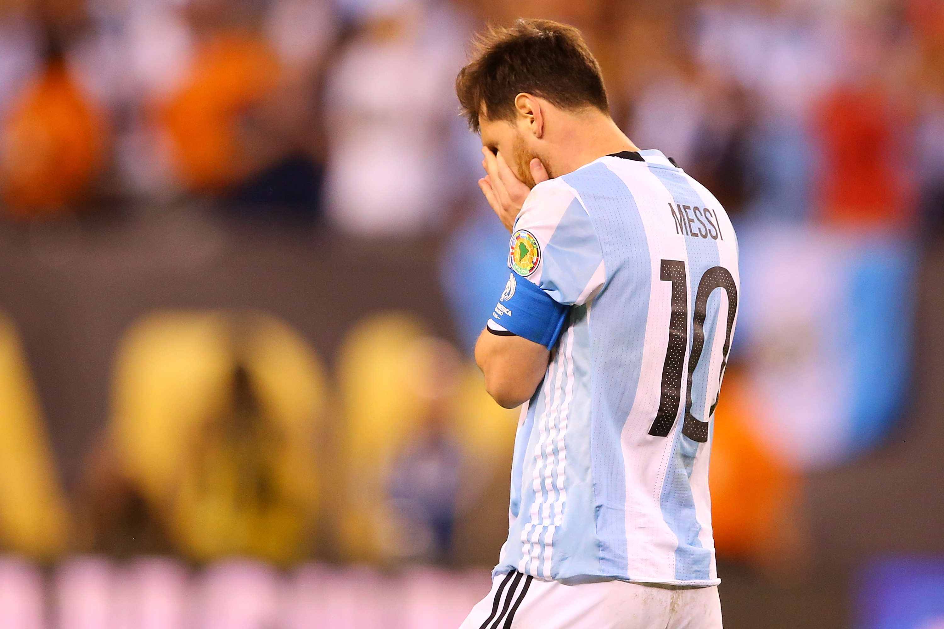 Lionel Messi Retires From International Football After Copa America Final Defeat GettyImages 543248604