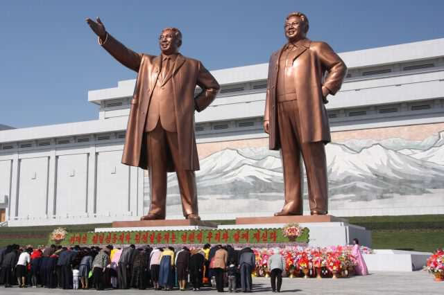 The statues of Kim Il Sung and Kim Jong Il on Mansu Hill in Pyongyang april 2012 640x426 North Koreas Latest Propaganda Film Backfires In Hilarious Fashion