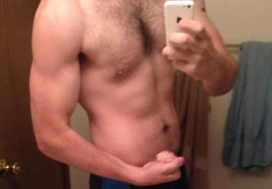 Man Loses 100lbs In Less Than A Year, Here's How He Did It