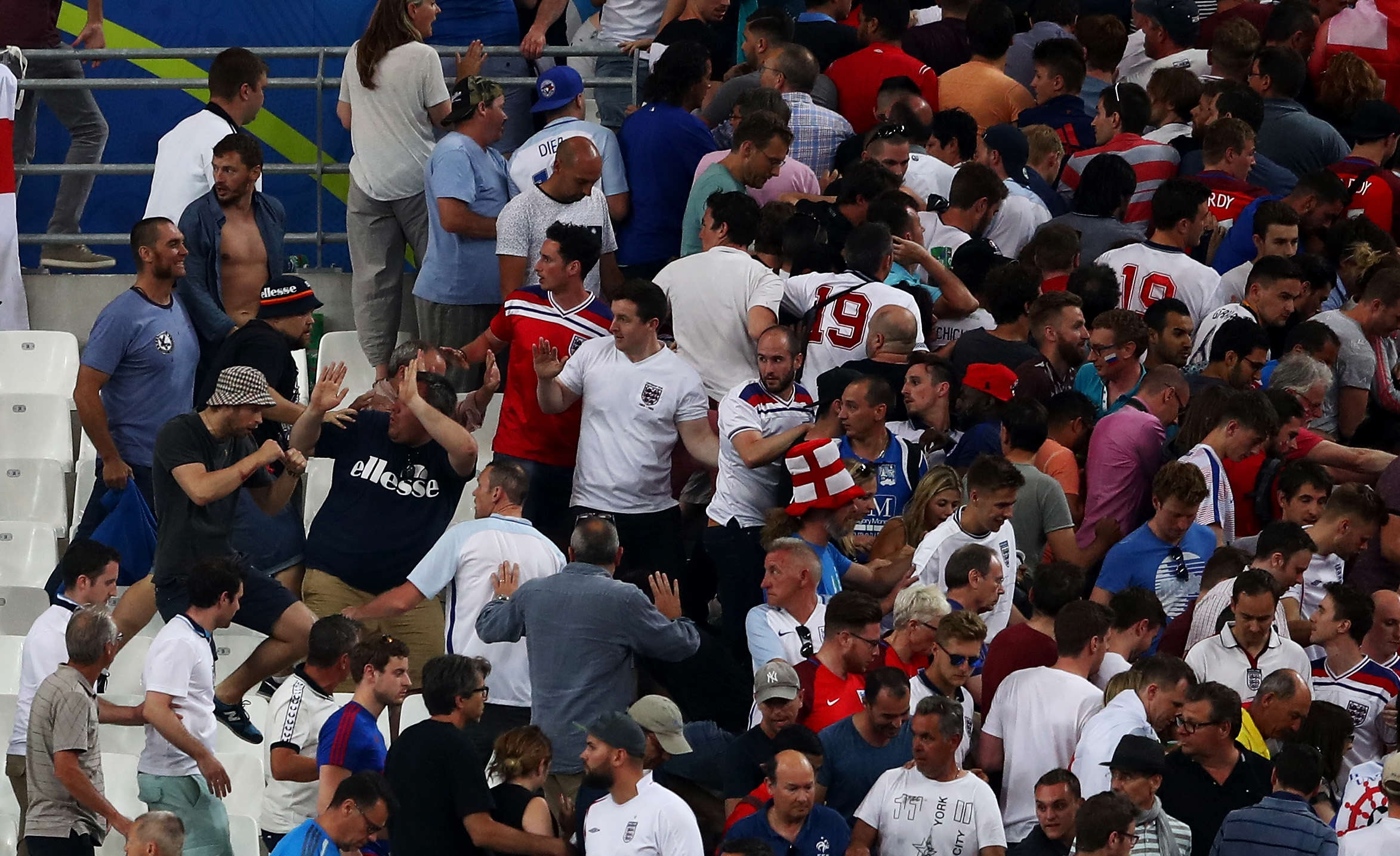 euro16fight33 1 Here Are The Positive Stories From The Euros You Havent Heard About