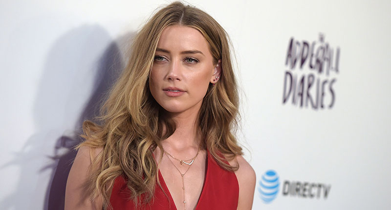 heard fb Another Actor Defends Johnny Depp With Shocking Accusations Of Amber Heard