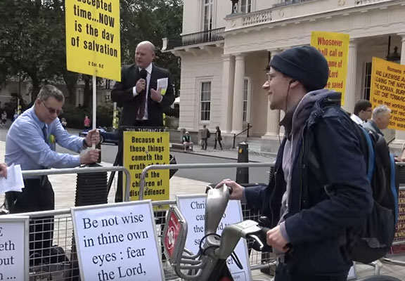 Jesse Eisenberg Shuts Down Anti Gay Protesters During London Pride jesse web thumb