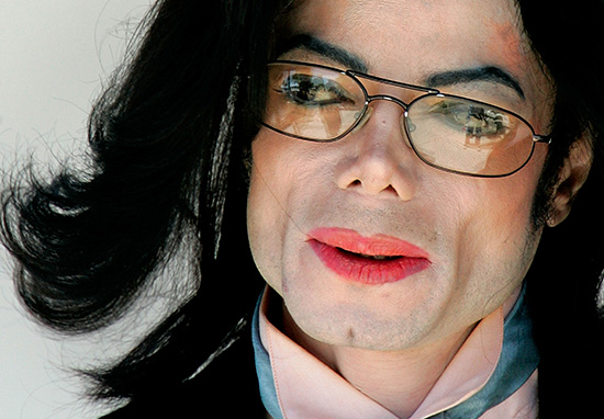 mj1 Michael Jackson Used Child Porn To Seduce Young Boys