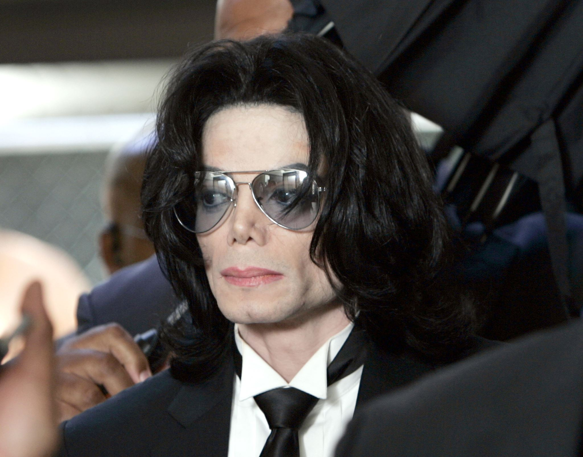 13699459 10154946100408492 1141285956 o Michael Jacksons Darkest Secrets Revealed By His Doctor
