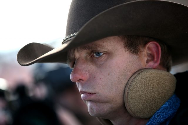 GettyImages 503650294 640x426 Oregon Militia Leader Attempts Cartoon Style Breakout Attempt
